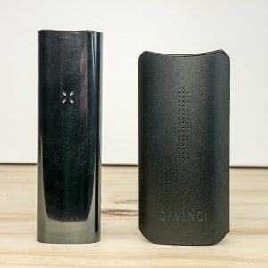 Pax 3 vs Davinci IQ Vaporizer Comparison