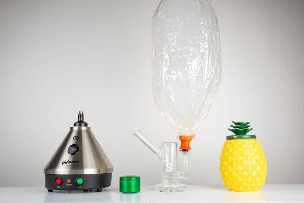 Volcano Vaporizer with Higher Standards Heavy Duty Rig