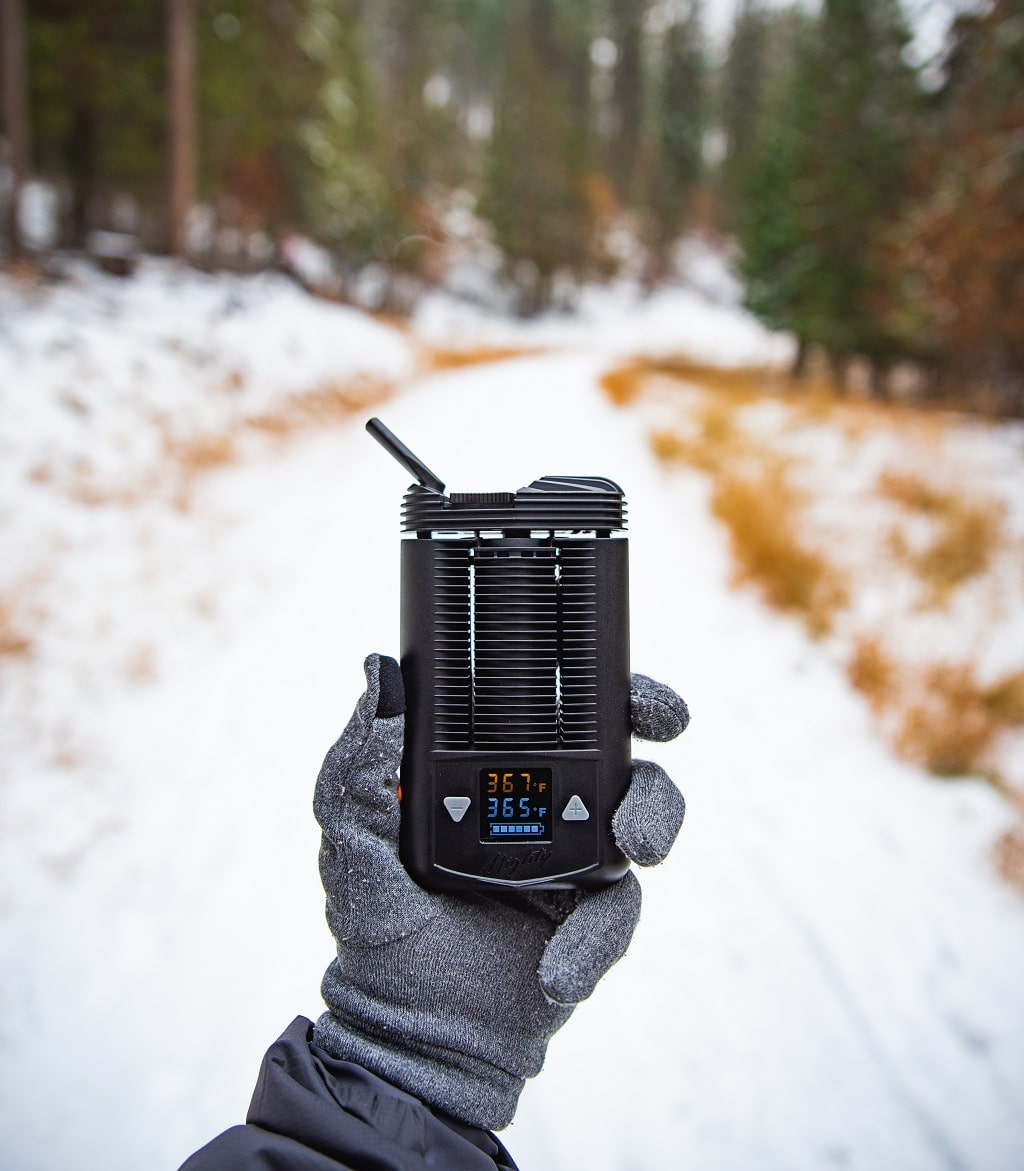 Mighty Vaporizer - Snowy Hike - VaporizerWizard